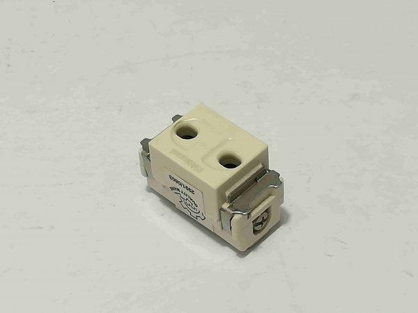 single receptacle round slots
