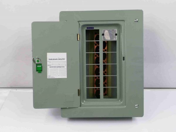 Panel Box 10 Branches - Main Breaker, 2 Pole, Plug-In Type - G.E Breaker TQL